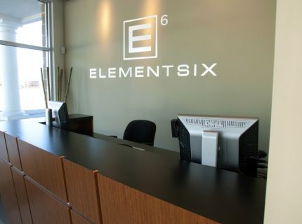 Element Six Salon & Spa